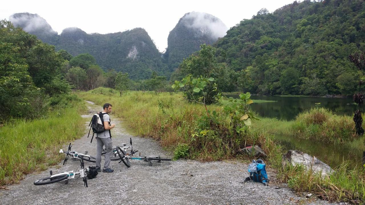 5D4N Trek, Pedal & Paddle
